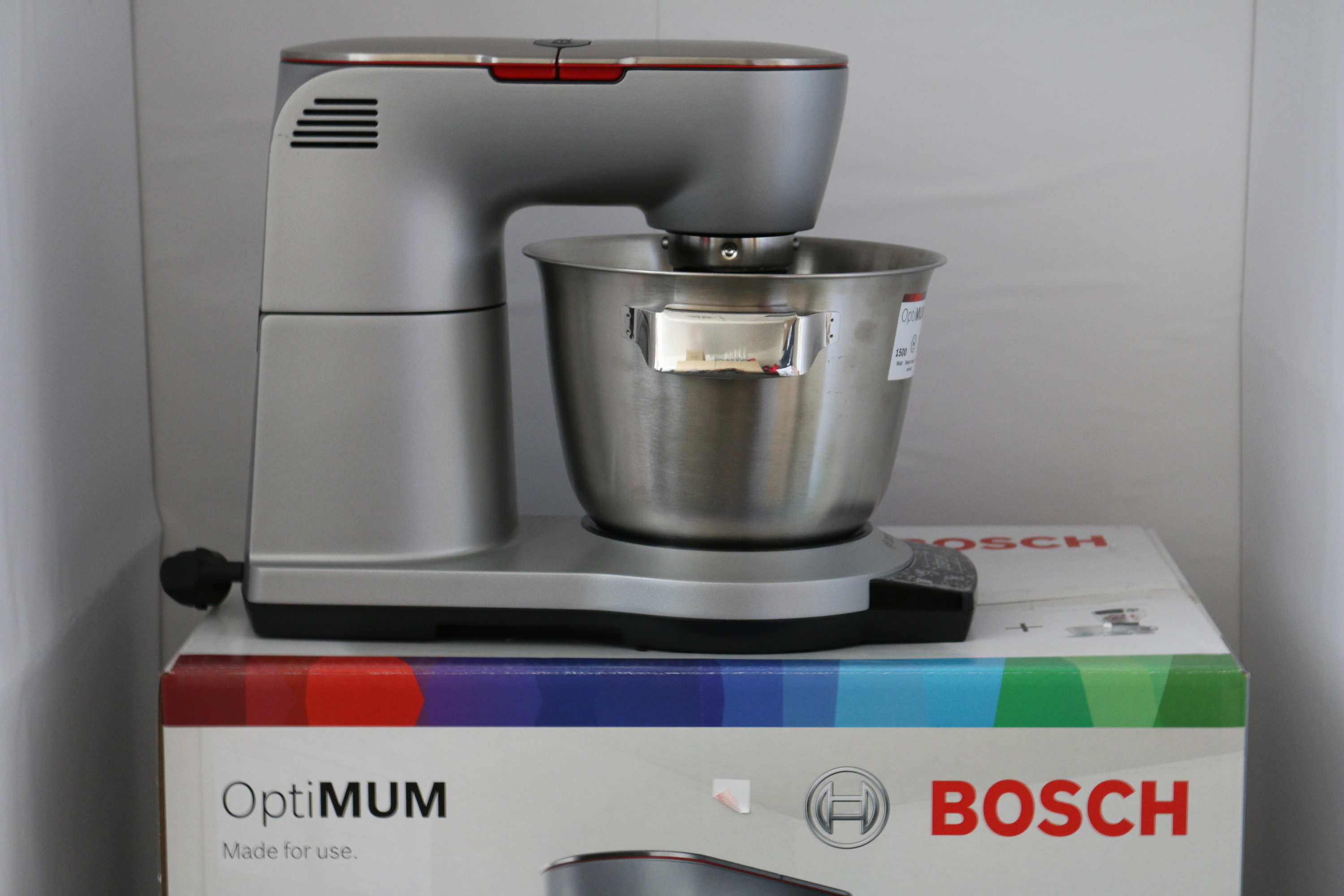bosch mum 9yx5s12 k chenmaschine watt silver ausstellungsst ck ebay. Black Bedroom Furniture Sets. Home Design Ideas