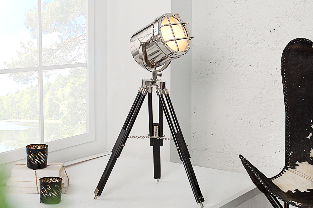 tischleuchte tripod spot 70 cm silber dreibein tischlampe lampe stehlampe. Black Bedroom Furniture Sets. Home Design Ideas