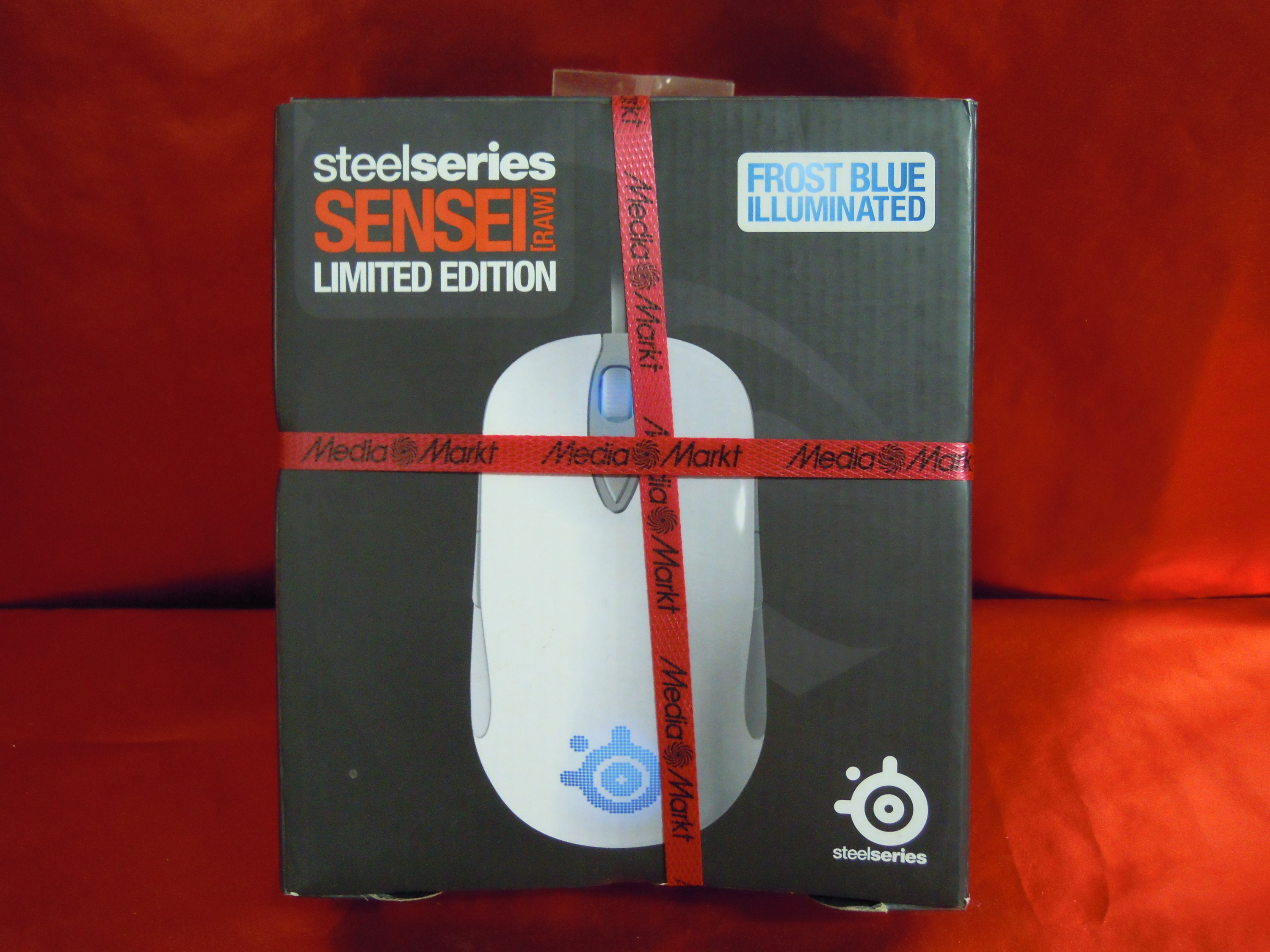 steelseries sensei raw limited edit frost blue illuminated gaming mouse neu ovp 5707119018050 ebay. Black Bedroom Furniture Sets. Home Design Ideas