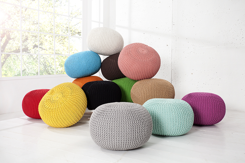 design pouf leeds aus strick farbwahl 50cm sitzgelegenheit fu bank sitzpouf ebay. Black Bedroom Furniture Sets. Home Design Ideas
