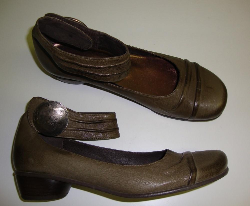 ANDREA TOKIO Donna Scarpe basse con cinturino alla caviglia pelle Cachi 37